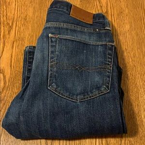 Lucky brand button fly 32 x 32 jeans